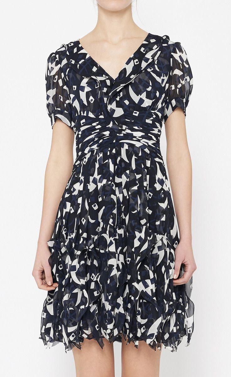 Oscar de la Renta Navy And White Dress | VAUNTE LOVE, LOVE this dress, but where to wear it?  I'm sure I would find a place.  STUNNING