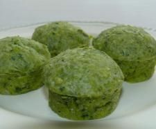 Recipe Tasty Cheese & Spinach Muffins by Hilkee - Recipe of category Baking - savoury