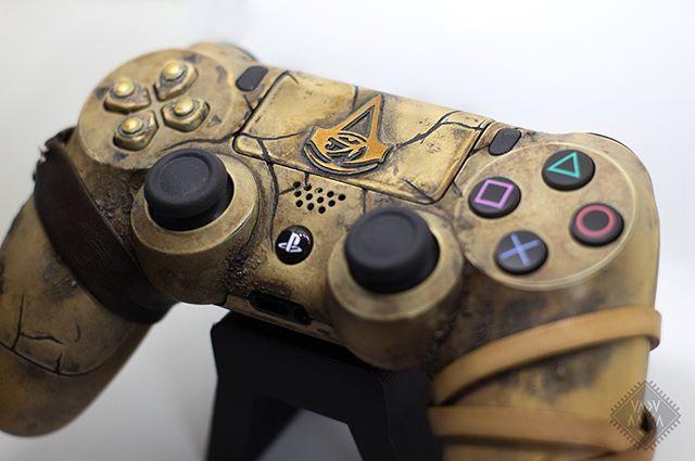Assassin S Creed Origins Ps4 Controller 2017 Www Vaduamka Com Smartoyscustom Assassinscr Ps4 Controller Custom Playstation Controller Cool Ps4 Controllers