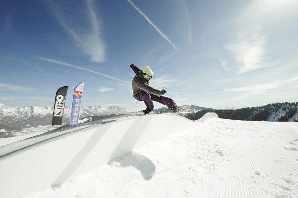 Snowlab.de - Snowboard-Events: #BERGFestival 2013: DER BERG RUFT! #Party