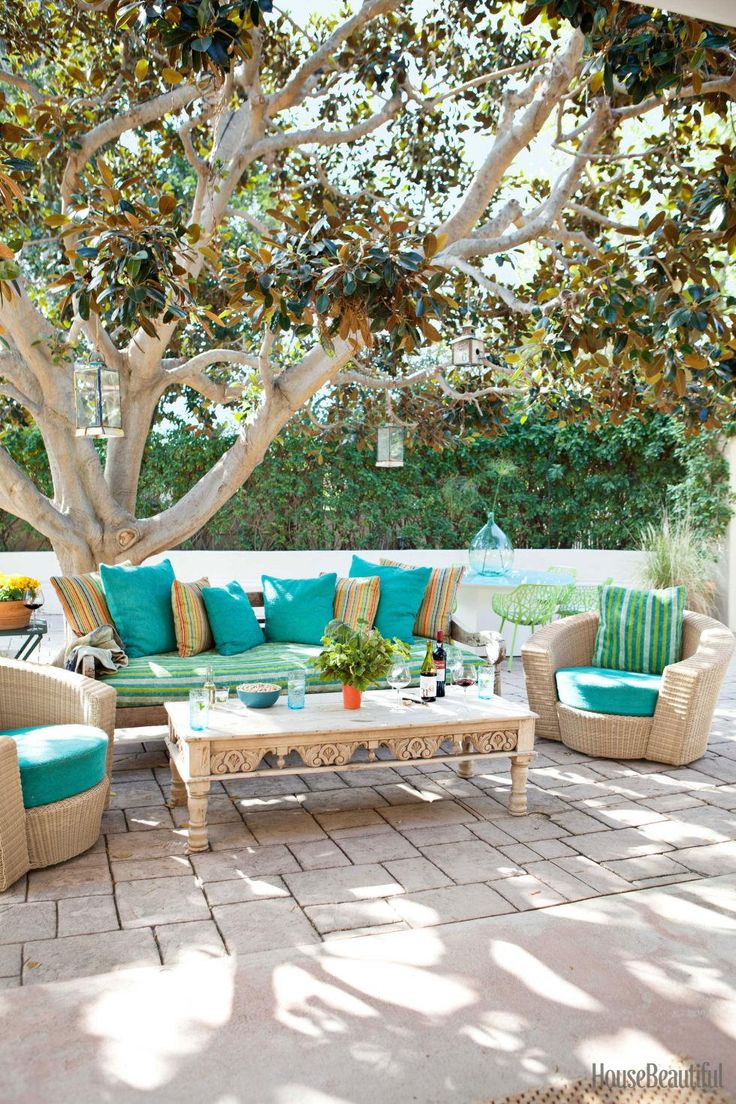 17 best images about great gardens ideas on pinterest for Outdoor patio space ideas