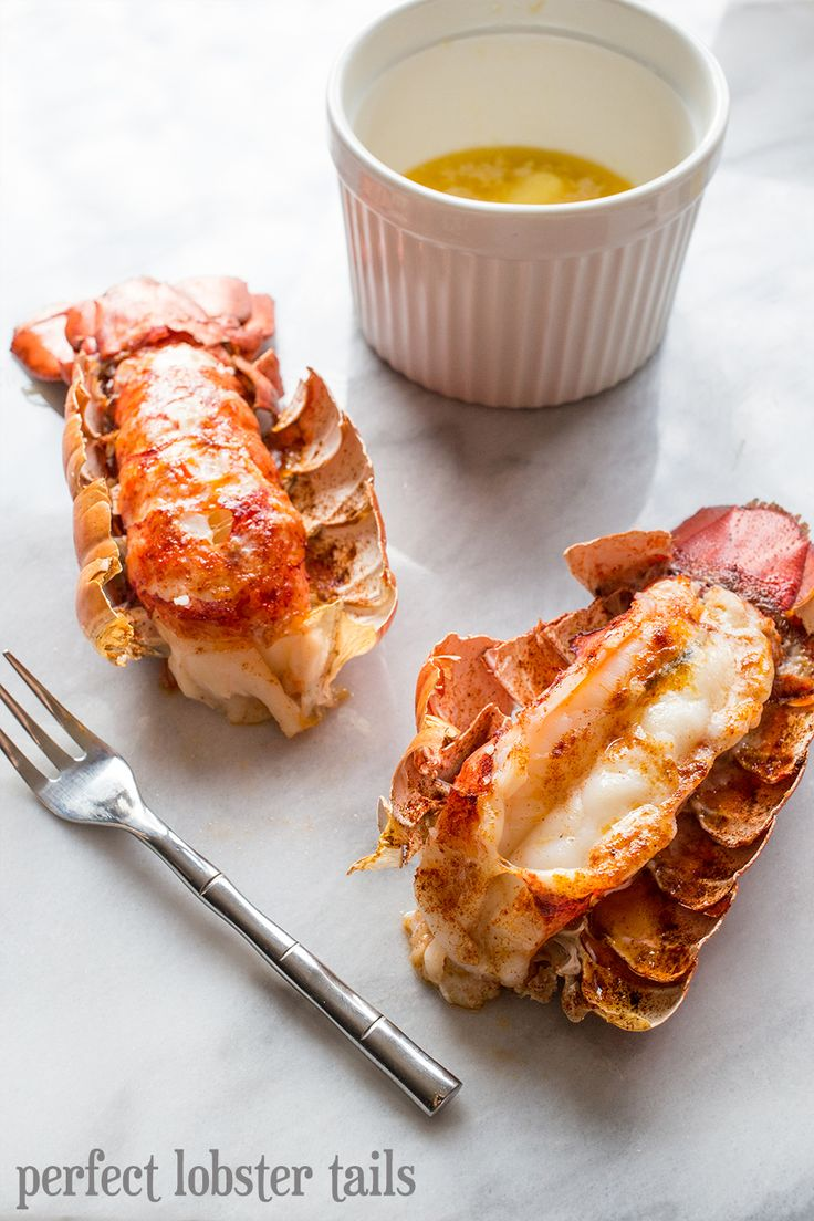 2 Lobster tails 1½ tbsp butter, divided celtic sea salt 1 tsp garlic powder 1 tsp smoked paprika 1.2 tsp white pepper 8-10 minutes in broiler.