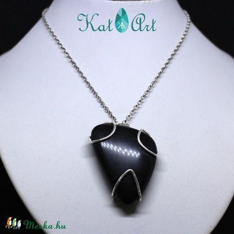 Ónix medál ezüst foglalattal (aKatArt) - Meska.hu Onix pendant with Sterling silver