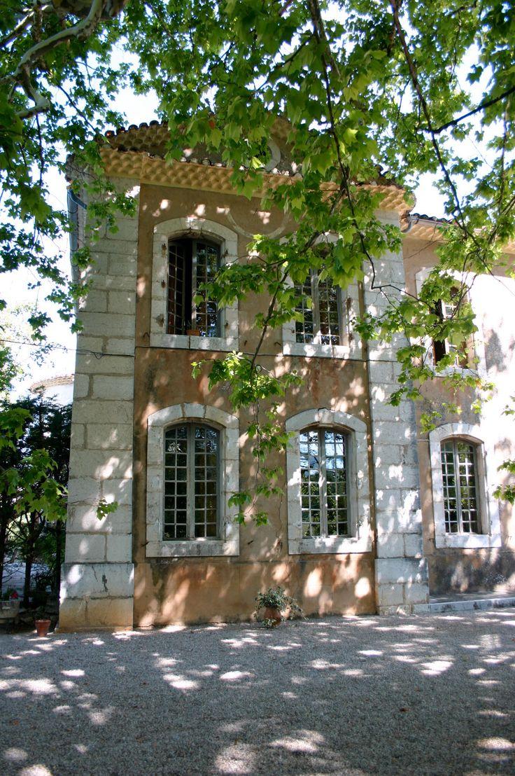 Chateau Chanteraine, pres de Aiguines, Provence, France
