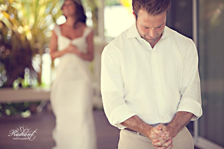 """Great article on why you should do a """"first look"""" with each other before the ceremony!"""