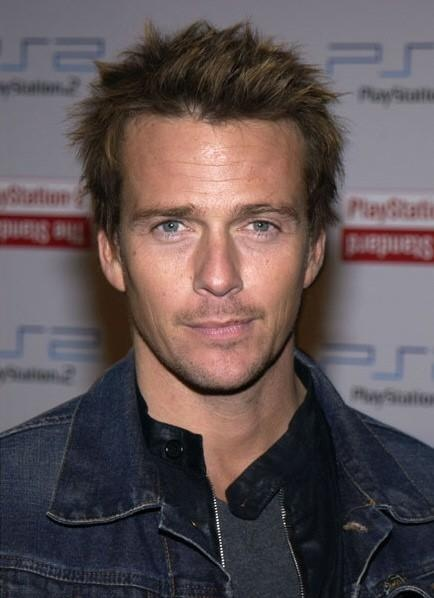 Sean Patrick Flanery- before plastic surgery