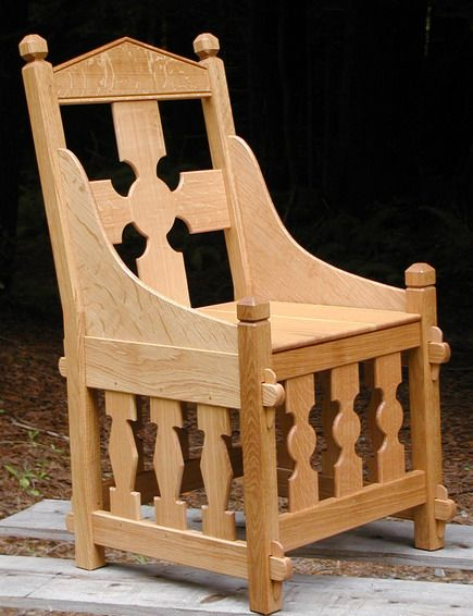 This wild chair reminds me of a throne. I like the pinned tenons on the front of the legs.