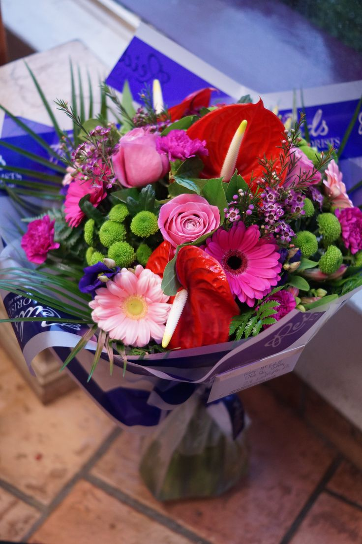 #pinkroses #valentinesday #flowers