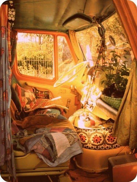 roadtrip in a vintage volkswagon bus