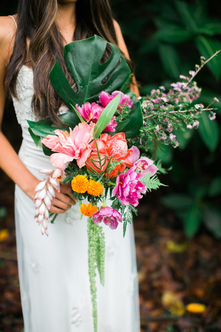 425 best Fiji Wedding Flowers - Tropical Flower Bouquets images on ...
