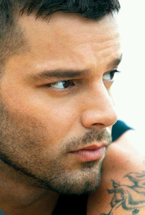 : Ricky Martin