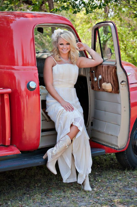 miranda red truck Featured Wedding: Junk Gypsy Plans a Miranda Lambert & Blake Shelton Wedding Reception as only Best Friends Can