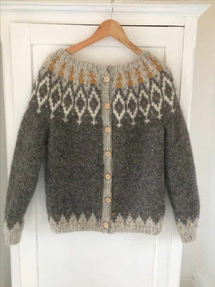 Islandsk lettlopi og japansk mønster mødes i skøn forening i trøje til Elsebeth.