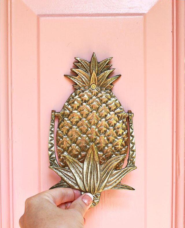 Pineapple door knocker via @ABeautifulMess