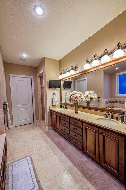Master Bathroom Double Vanity Caeserstone Counter Travertine Floors