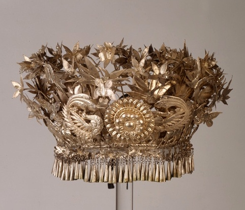 China | Headdress with flowers from Langde Village, Leishan Country, Guizhou Province | Silver