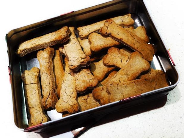 Biscotti alla Banana/Biscuits with Banana - http://homeloveandfantasy.blogspot.it/2012/12/biscotti-alla-banana-per-il-tuo.html