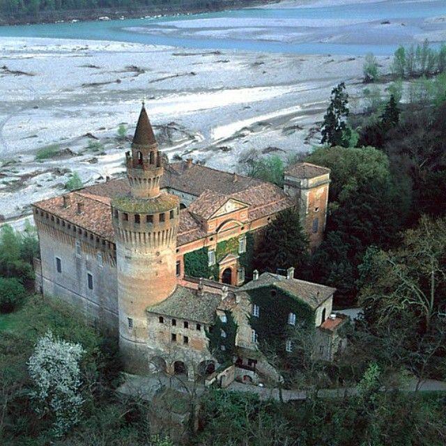Val Trebbia: il Castello di Rivalta - Instagram by piacenzamusei