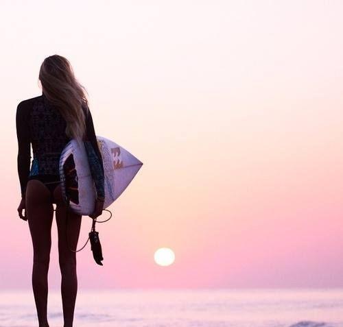⚡️Mermaid movement⚡️#feelthesaltbeat | Beach | Surf | Fashion | Girls | Lifestyle | Wetsuits | www.saltbeat.com