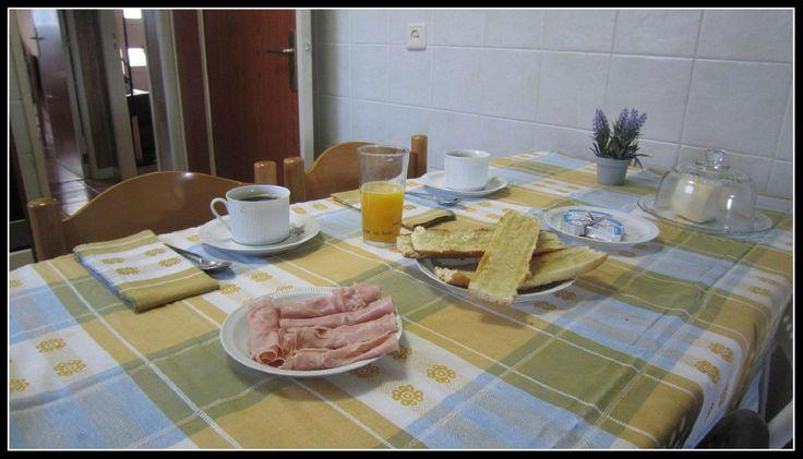 Ao longos dos anos aprendi a valorizar o pequeno-almoço, e hoje é a refeição mais importante do meu dia https://ontemesomemoria.blogspot.com/2017/09/pequeno-almoco-refeicao-mais-importante.html