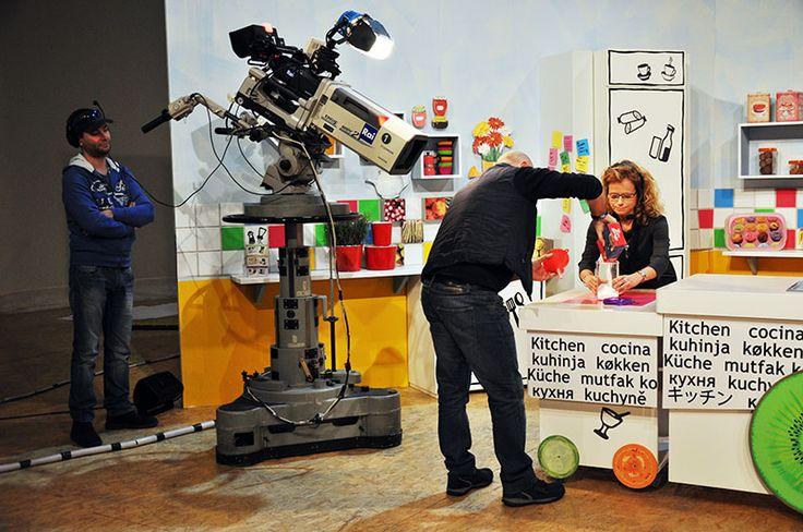 Preparazione della magia #raiexpo #ricetteacolori #raigulp #carolinarey #alessandrocirciello #winx #tv #cibo #ricette #gioco #bimbi