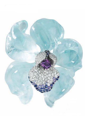 CARTIER spilla ad orchidea con acquamarina, ametista, brillanti e zaffiri - Cris Figueired♥