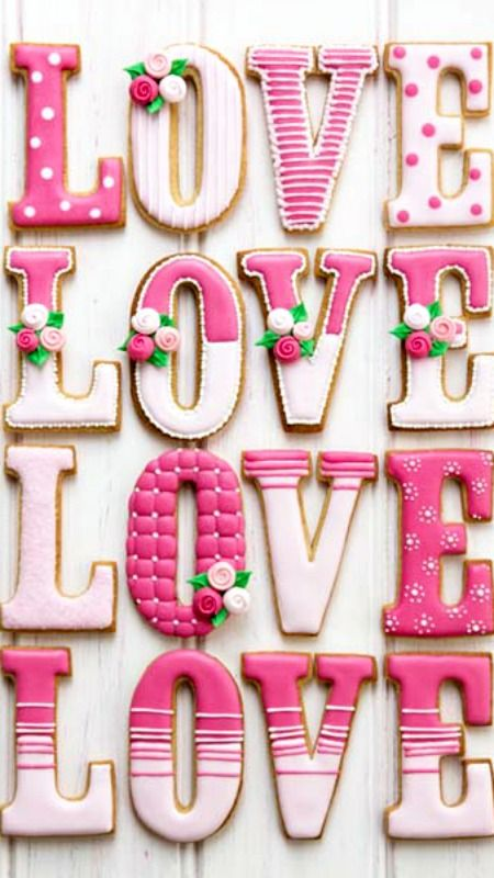 Cookie Love Recipe ~ Vanilla Cookie & Royal Icing Recipes... So pretty!