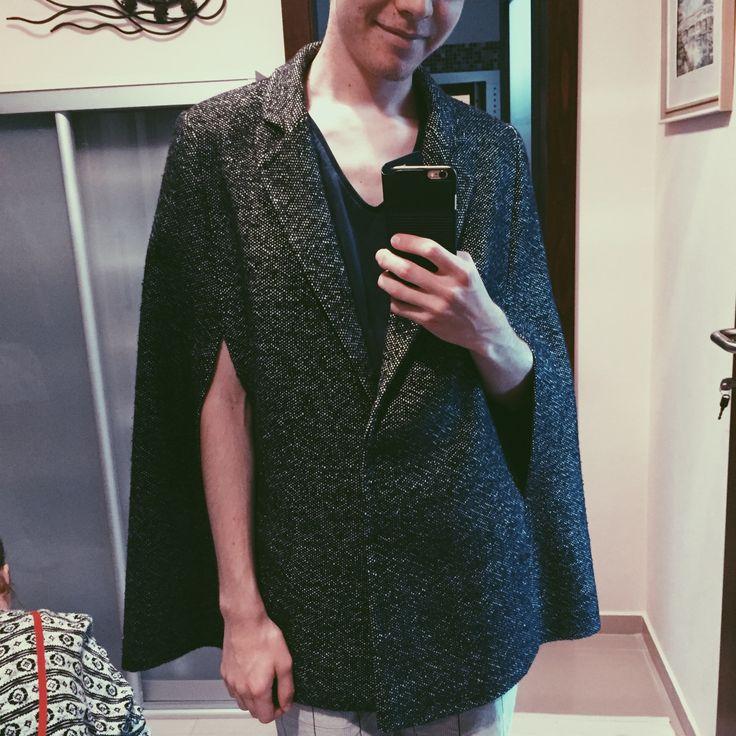 Bespoke men's tweed cape #fashion #cape #tweed #mensfashion