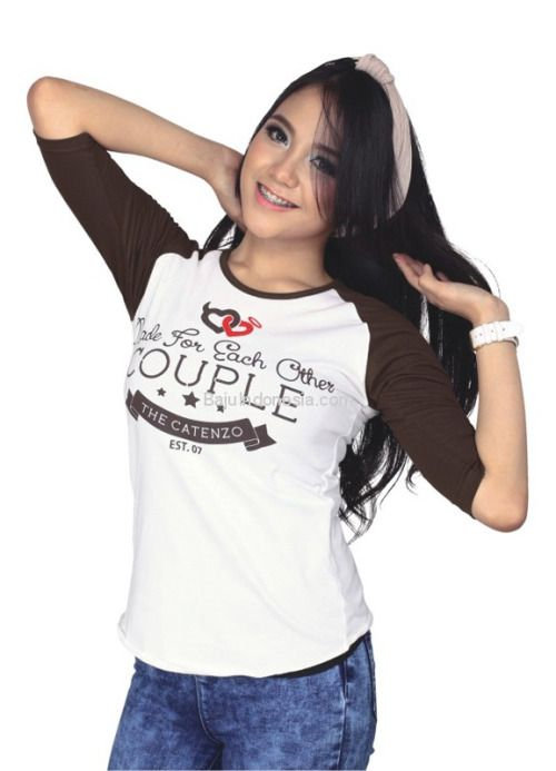 Kaos wanita CPS 504 adalah kaos wanita yang nyaman untuk...