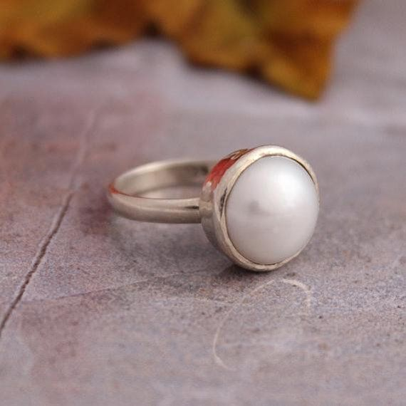 Hey, I found this really awesome Etsy listing at https://www.etsy.com/listing/64969777/pearl-ring-sterling-silver-ring