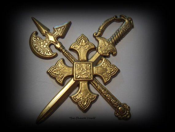 Hoi! Ik heb een geweldige listing op Etsy gevonden: https://www.etsy.com/nl/listing/224598199/1-middeleeuwse-crest-shield-cross-zwaard