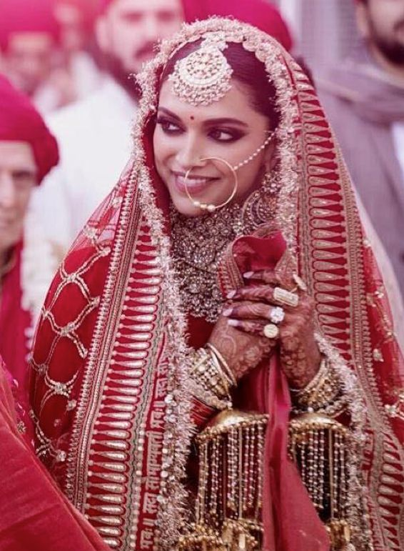 Deepika Padukone Bridal Lehenga | Bride accessories ...