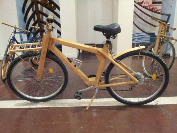 Велосипед з дерева