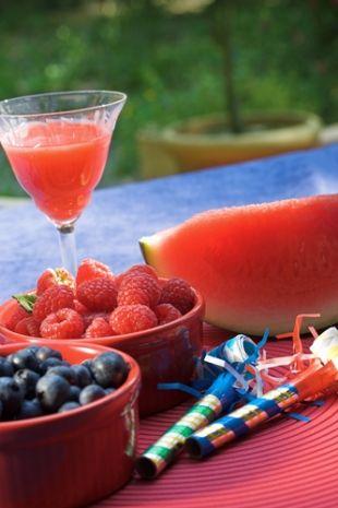 Best Sangria Recipe: Red Sangria, White Sangria, Blue Sangria in One Glass!