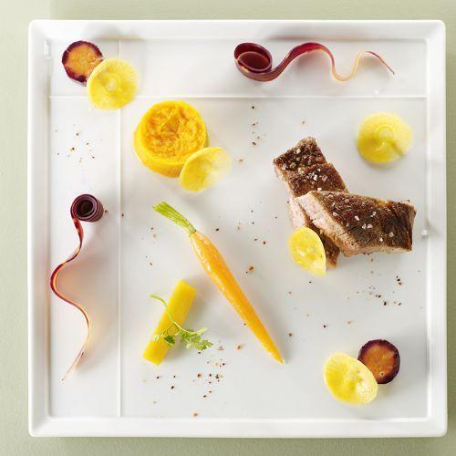 Le Baudelaire vous propose : Côte de veau de lait de Corrèze, carotte/gingembre, orange sanguine