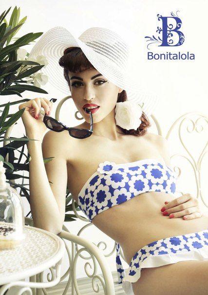 Bonitalola. Италия. Артикул: RBL731/SBL730. Размеры: S, M, L, XL. Цена бандо: 4150 руб. Цена трусики: 3380 руб. #sweamwear #italy #beachwear #tabby #pinup #blue #flowers #bikini #swimsuit #beautiful #lovely #moscow #sea #beach #купальник #бикини #италия #москва #море #пляж #пляжнаяодежда #пинап #синий #цветы #2016