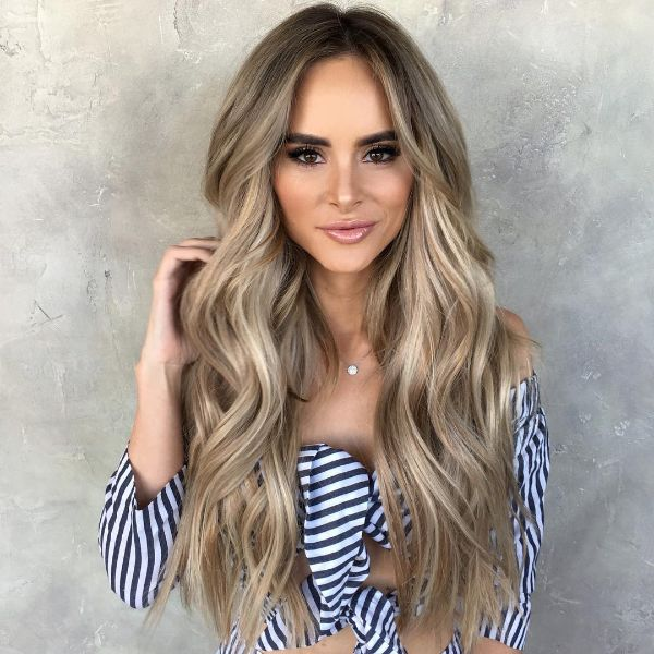 Creamy blond long hair – seriowl.com