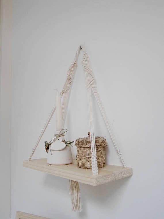 Etagère bois et Macramé suspension, suspension plante  Macrame wall hanging  Macrame shelf  South Beach Collection