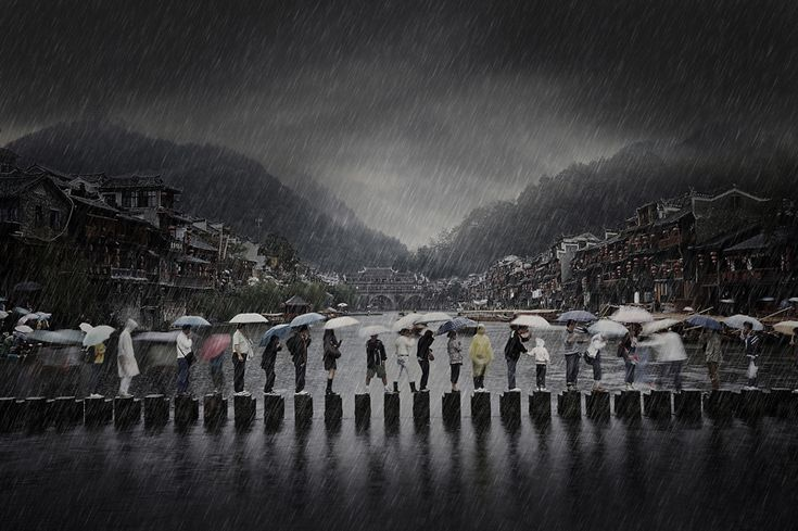Chen Li (Cina) Rain in an ancient town, Cina, categoria open.