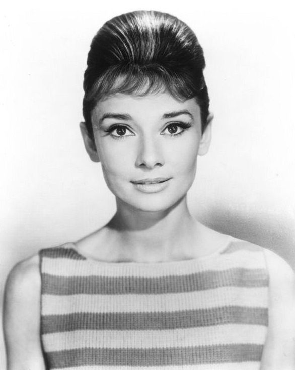 The actress Audrey Hepburn photographed by Bud Fraker at the Paramount Studios, located on Melrose Avenue, in Hollywood, a neighborhood in the central region of Los Angeles, California (USA), during a photo shoot taken specially for her publicity photos, in March 1961.