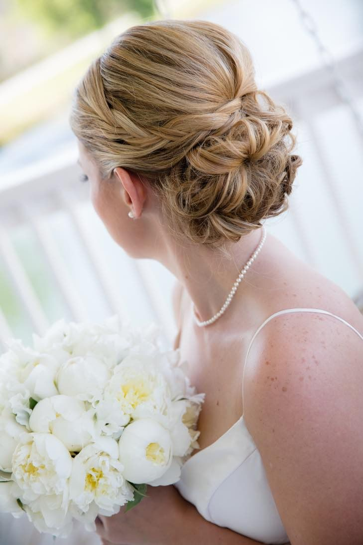 Classic updo wedding hairstyle idea; Featured Photographer: EVIN PHOTOGRAPHY
