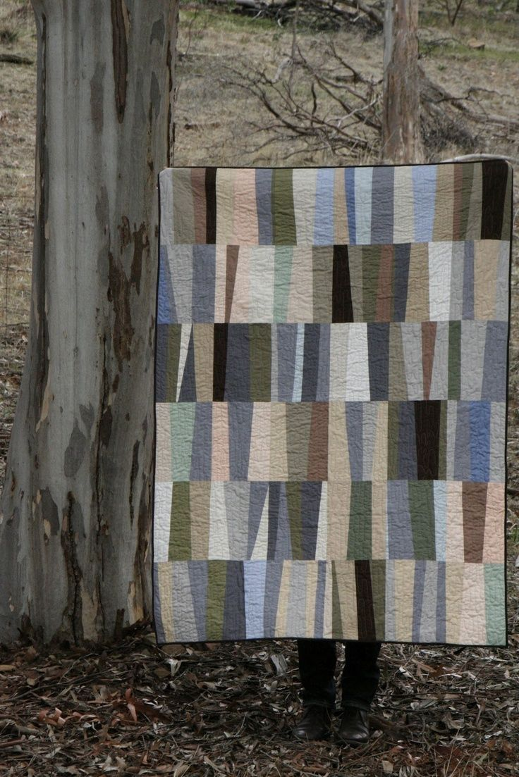 make us // gum tree quilt [ faffling . muted colours . irregular piecing . quilting . sewing ]