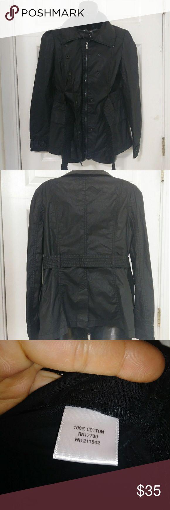 Converse Women's Rain Jacket Black size med.Zipper and buttons.Tie at waist. Converse Jackets & Coats