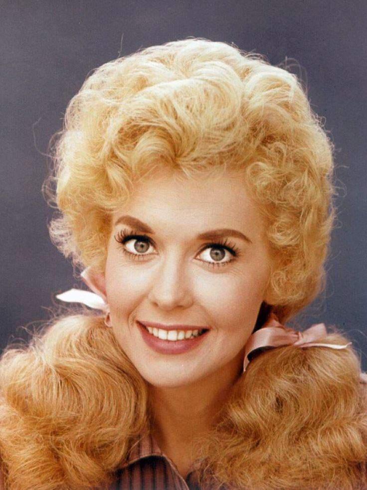 Donna Douglas as 'Elly May Clampett' in The Beverly Hillbillies (1962-65, CBS)