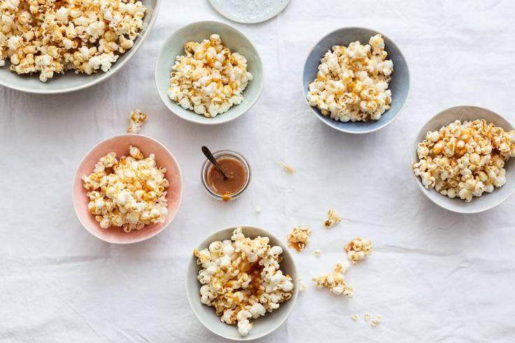 Zoute popcorn met zoete karamel: bijzonder lekker.- Recept - Allerhande