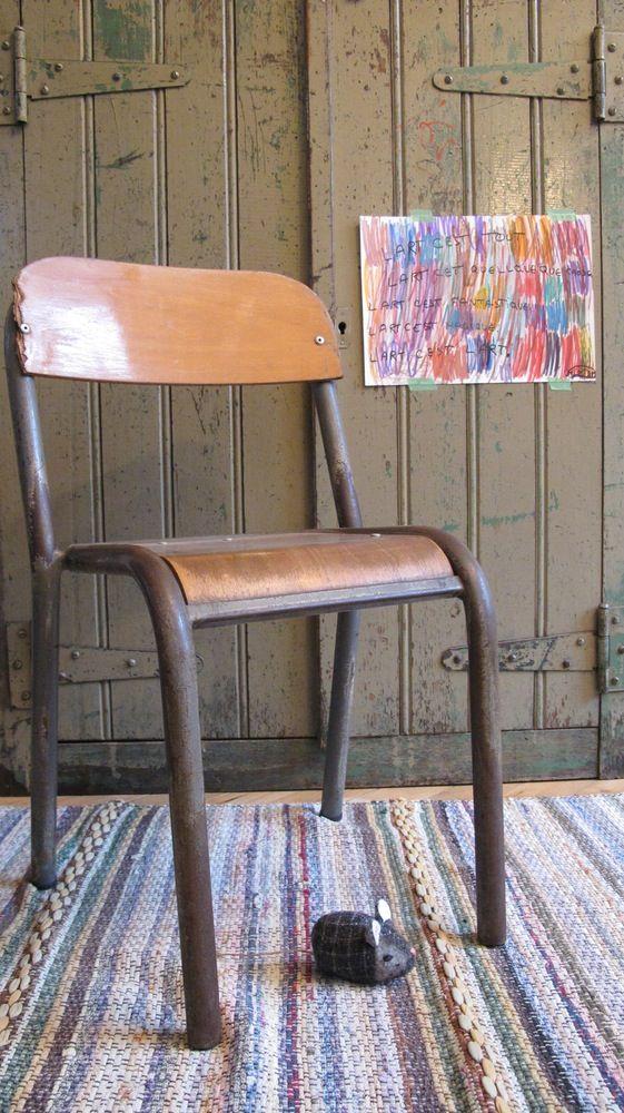 Les 25 meilleures id es concernant chaises d 39 cole sur for Chaise ecolier vintage