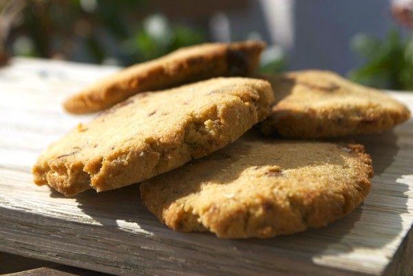 Chocolate chickpea cookies- 10 kakor 100 gram kikärtor, konserverade 4 msk mandelmjöl 2 msk riven kokos 2 msk kokosmjöl 3 msk sötströ ca 4 ...
