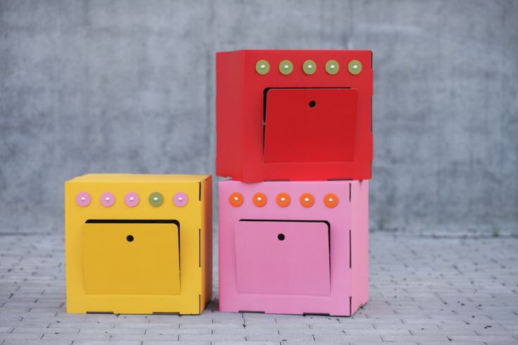 Trzy Myszy - Cardboard Kitchen