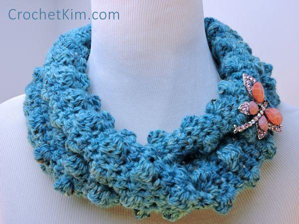 CrochetKim Free Crochet Pattern | Wobbly Bobbly Cowl @crochetkim