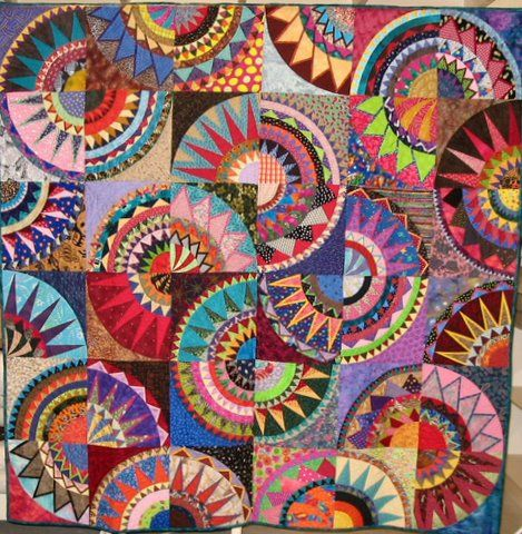 Cinco de Mayo, 2008, made by the Buda Bee Quilters, Texas In 2004, Karen Stone published her most complex design, Cinco de Mayo. It's b...